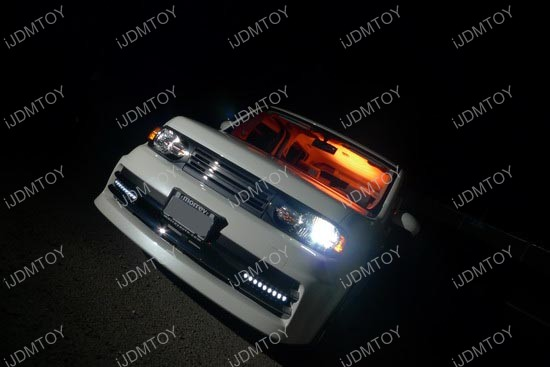 Nissan - Cube - LED - daytime - running - lights - 2
